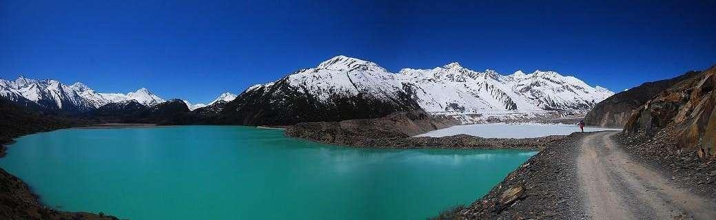 川藏南线、丹巴、稻城亚丁、来古冰川、林芝、羊湖10日游